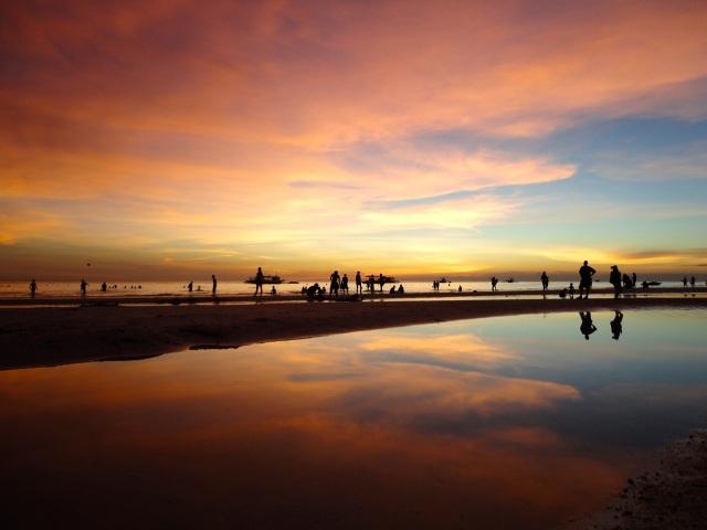 sunset boracay beach